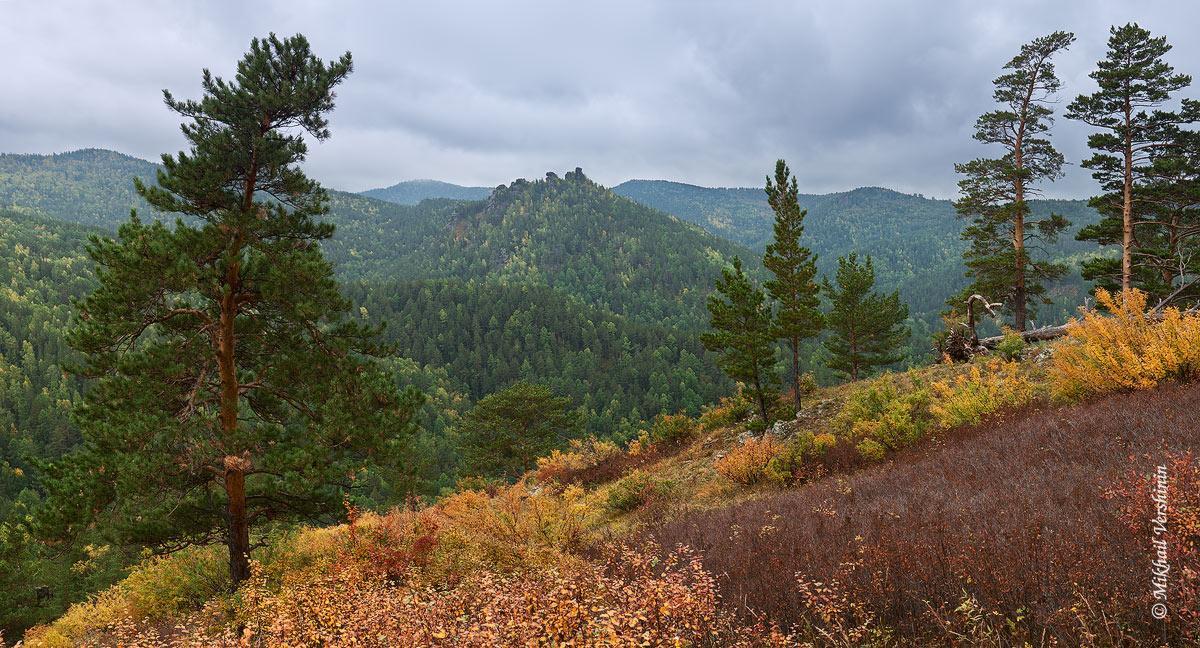 Вид на скальный массив Воробушки